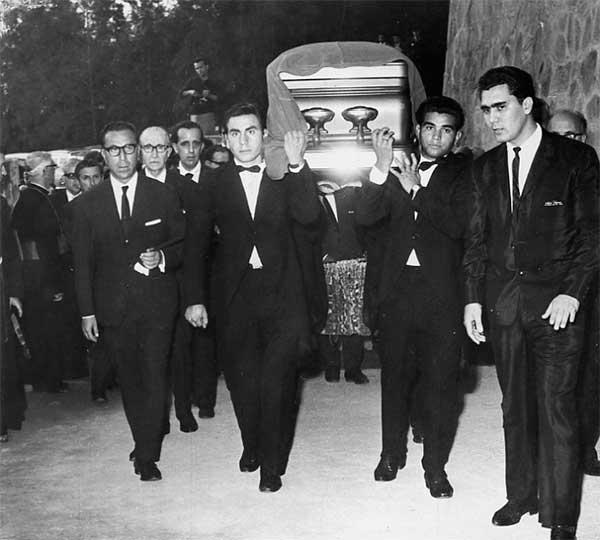 Funeral de Victor Andrés Belaunde