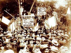 Manifestación a favor de Guillermo Billinghurst