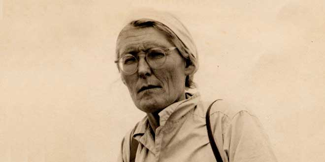 Photo of María Reiche