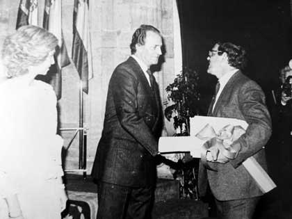 Villa el Salvador, entrega premio Principe de Asturias